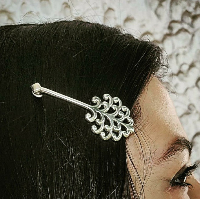Taru hair pin