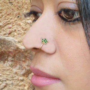 Green enamel nose pin