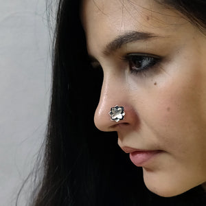 Kumud nose pin
