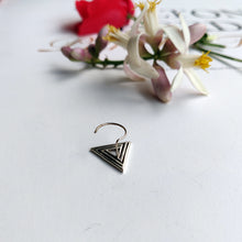 triangle nose pin