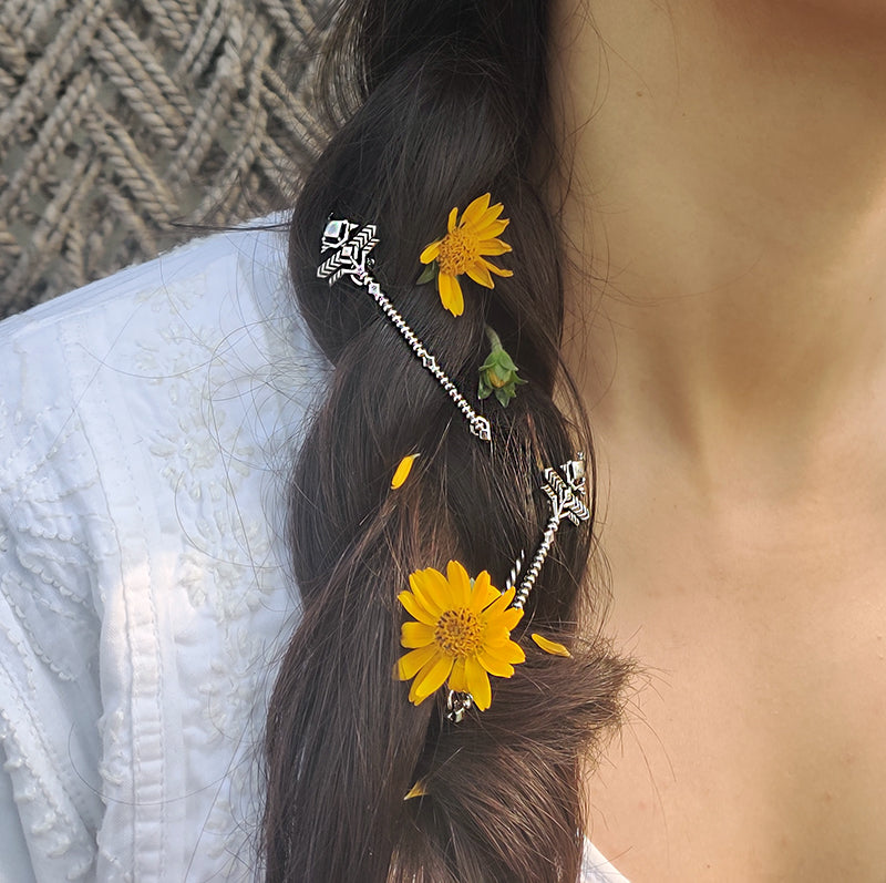 Tribhuj hair pin