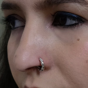 Twist nose ring