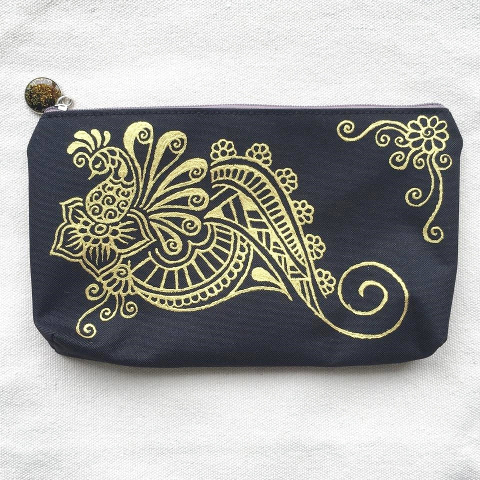 Henna Art Zipper Pouch (Black & Gold 4)