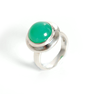 Moon Ring with a chrysoprase gemstone set in sterling silver.