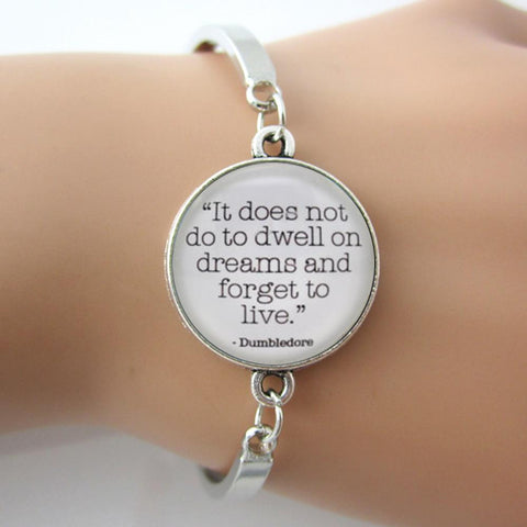 Girls' Letter Bracelet 'It does not do to dwell on dreams'