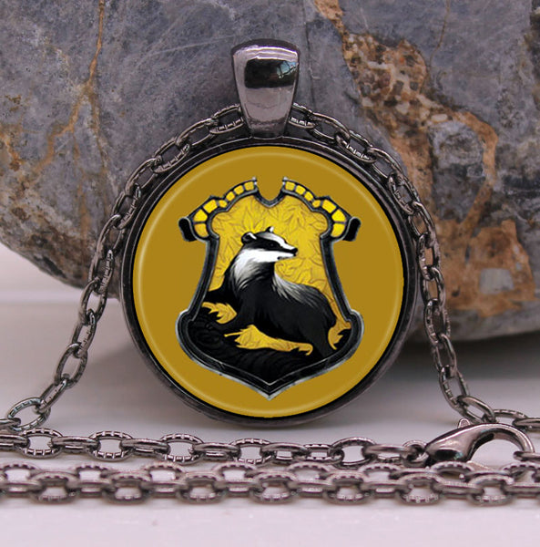 **28% Discount** HP Slytherin Pendant Glass Necklace