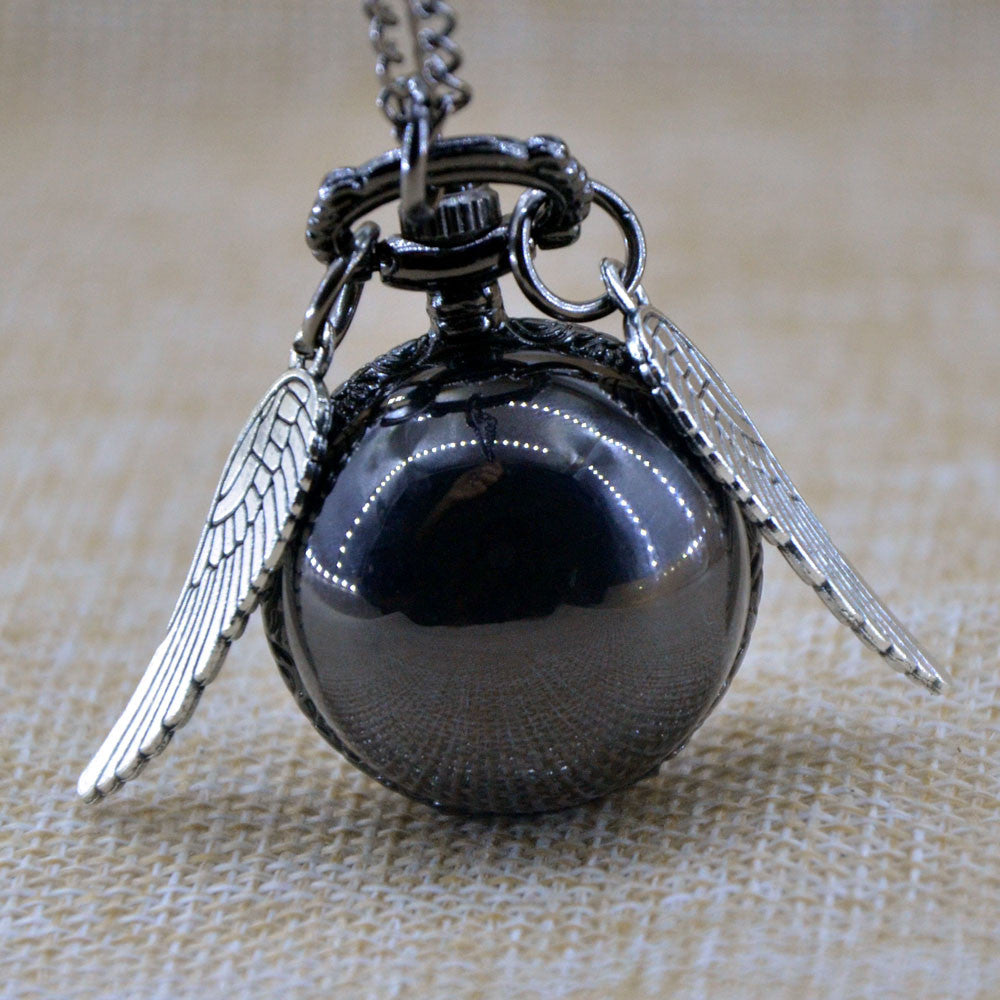 Vintage Black Smooth Harry Potter Ball Silver Wings Quartz Pocket Watch Analog Pendant Necklace Mens Womens Watch Gifts Chain