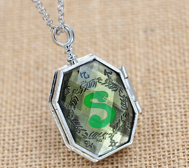 **38% Discount** HP Slytherin Horcrux Necklace