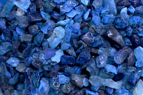 Located in Bangalore, Tile Italia Pebbles is the best option for you to buy chips! We are India's leading supplier and wholesale dealers in pebbles and chips. These Blue Onyx polished chips are great for interiors, landscaping and garden décor. Quirky and colourful they are great as gifts for every occasion. They require low maintenance and are cheap and reasonable. They easily fit into your home décor and enhance beauty of any place.
