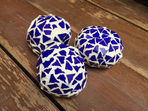 Located in Bangalore, Tile Italia Pebbles is the best option for you to buy Mosaic pebbles! We are India's leading supplier and wholesale dealers in pebbles. These Mosaic Dark Blue Balls are great for interiors, landscaping and garden décor. Quirky and colourful they are great as gifts for every occasion. They require low maintenance and are cheap and reasonable. They easily fit into your home décor and enhance beauty of any place.