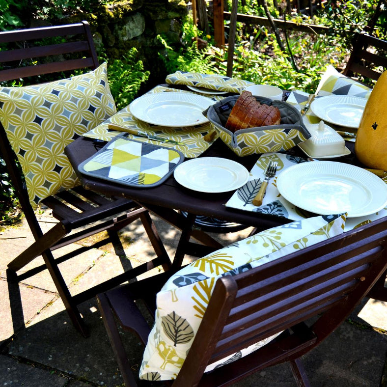 Celebrate Summer - Enjoy Al Fresco Dining with McAlister Textiles