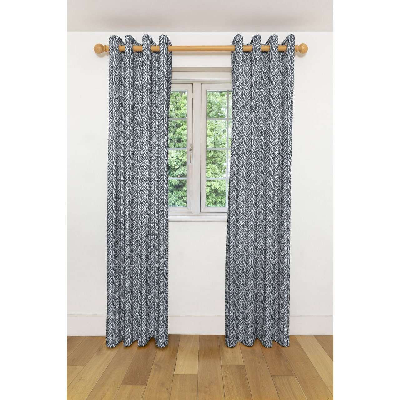 "McAlister Textiles Baja Black + White Curtains Tailored Curtains 116cm(w) x 182cm(d) (46"" x 72"")"