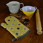 Load image into Gallery viewer, McAlister Textiles Laila Yellow Cotton Print Oven Mitt Kitchen Accessories