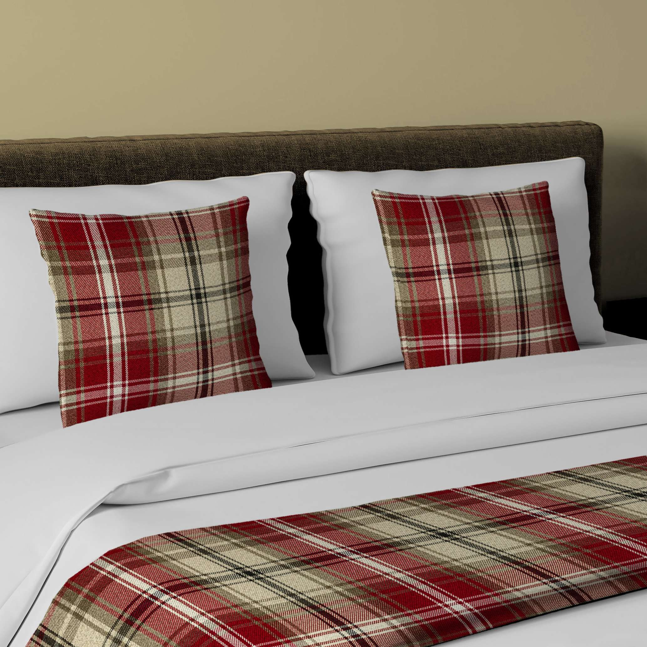 McAlister Textiles Angus Red + White Tartan Bedding Set Bedding Set Runner (50x240cm) + 2x Cushion Covers
