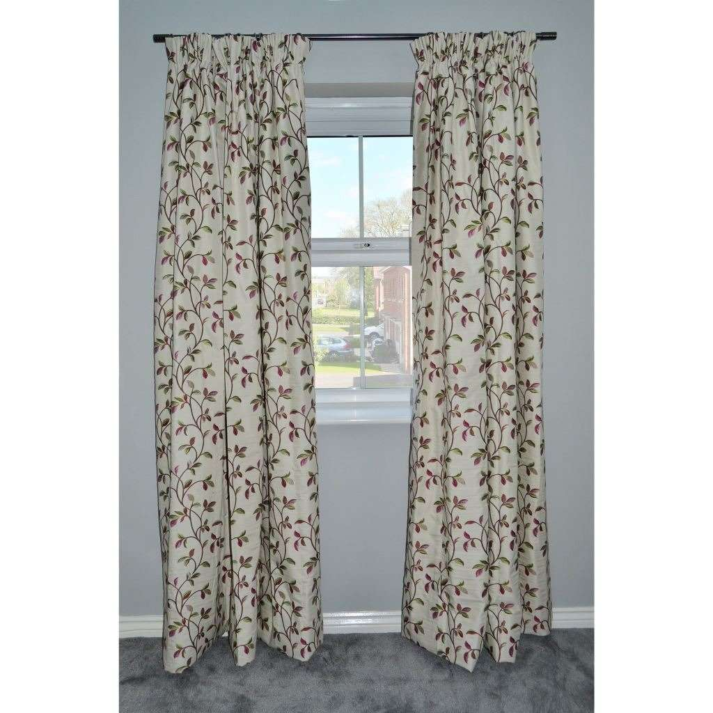 "McAlister Textiles Annabel Floral Cherry Red Curtains Tailored Curtains 116cm(w) x 182cm(d) (46"" x 72"")"