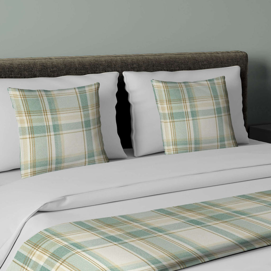 McAlister Textiles Heritage Duck Egg Blue Tartan Bedding Set Bedding Set Runner (50x240cm) + 2x Cushion Covers