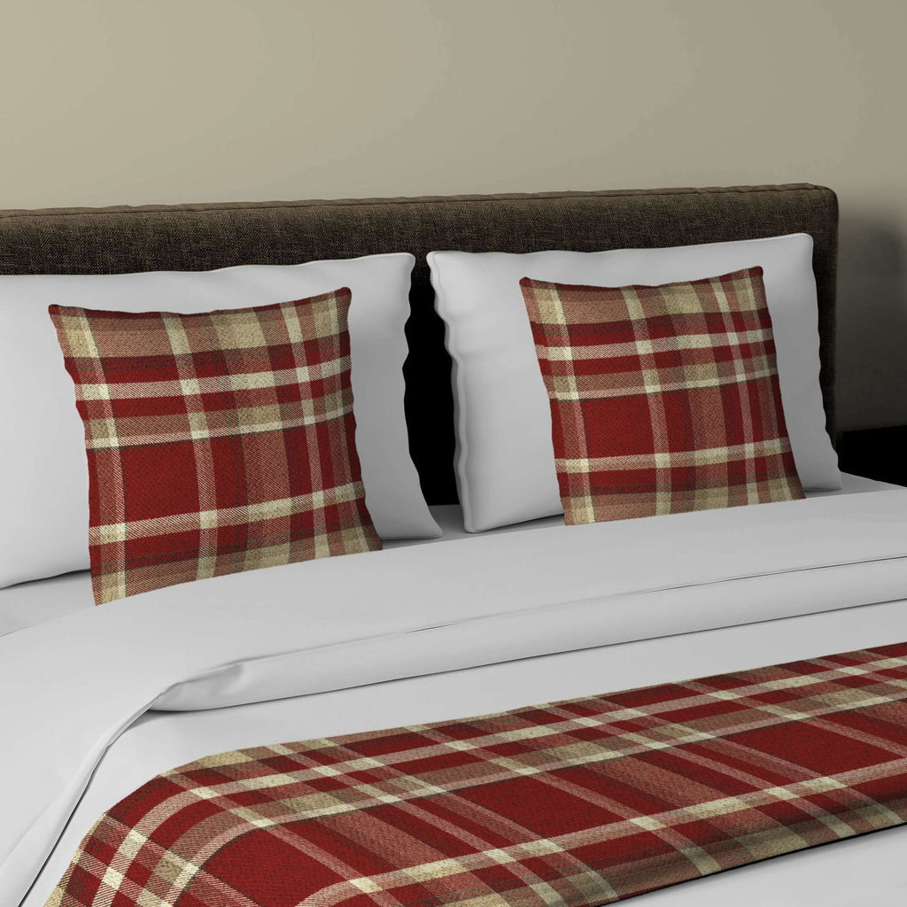 McAlister Textiles Heritage Red + White Tartan Bedding Set Bedding Set Runner (50x240cm) + 2x Cushion Covers