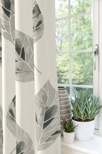 Laden Sie das Bild in den Galerie-Viewer, McAlister Textiles Leaf Soft Grey Floral Cotton Print Curtains Tailored Curtains