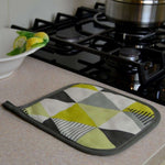 Charger l'image dans la galerie, McAlister Textiles Vita Yellow Cotton Print Oven Trivet Kitchen Accessories