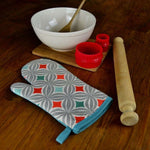 Cargar imagen en el visor de la galería, McAlister Textiles Laila Burnt Orange Cotton Print Oven Mitt Kitchen Accessories