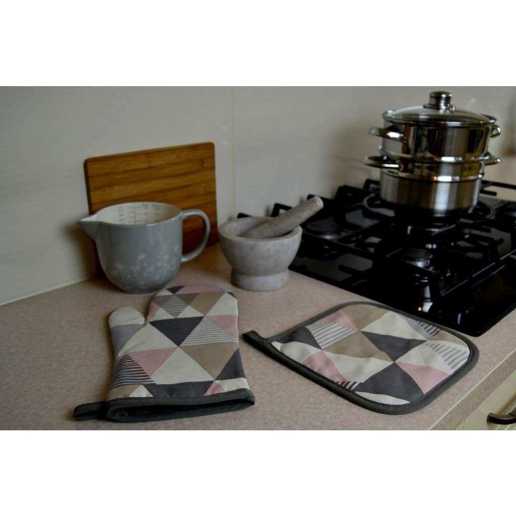 McAlister Textiles Vita Pink Cotton Print Oven Mitt Kitchen Accessories