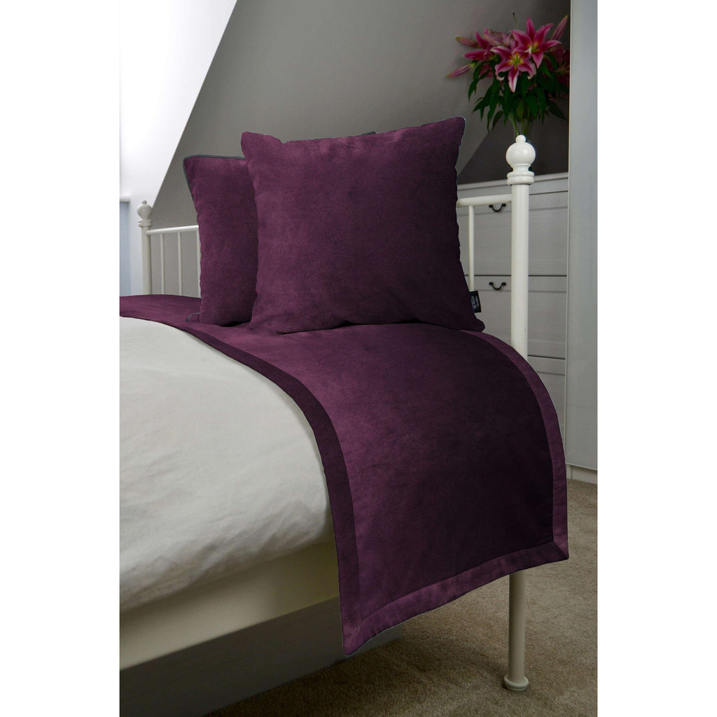McAlister Textiles Matt Aubergine Purple Velvet Bedding Set Bedding Set Runner (50x240cm) + 2x Cushion Covers