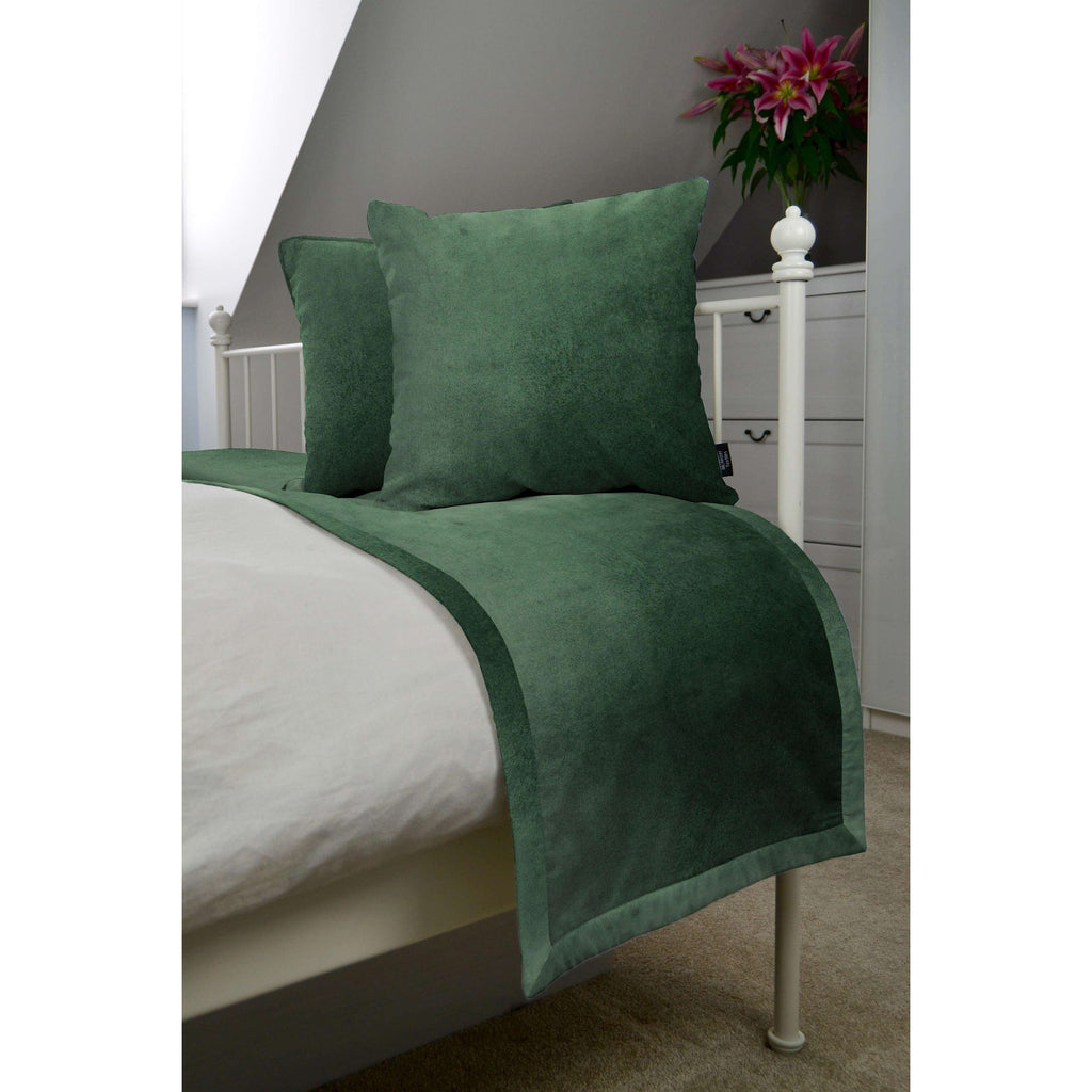 McAlister Textiles Matt Moss Green Velvet Bedding Set Bedding Set Runner (50x240cm) + 2x Cushion Covers