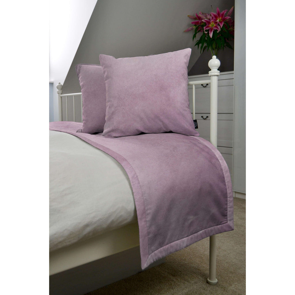 McAlister Textiles Matt Lilac Purple Velvet Bedding Set Bedding Set Runner (50x240cm) + 2x Cushion Covers