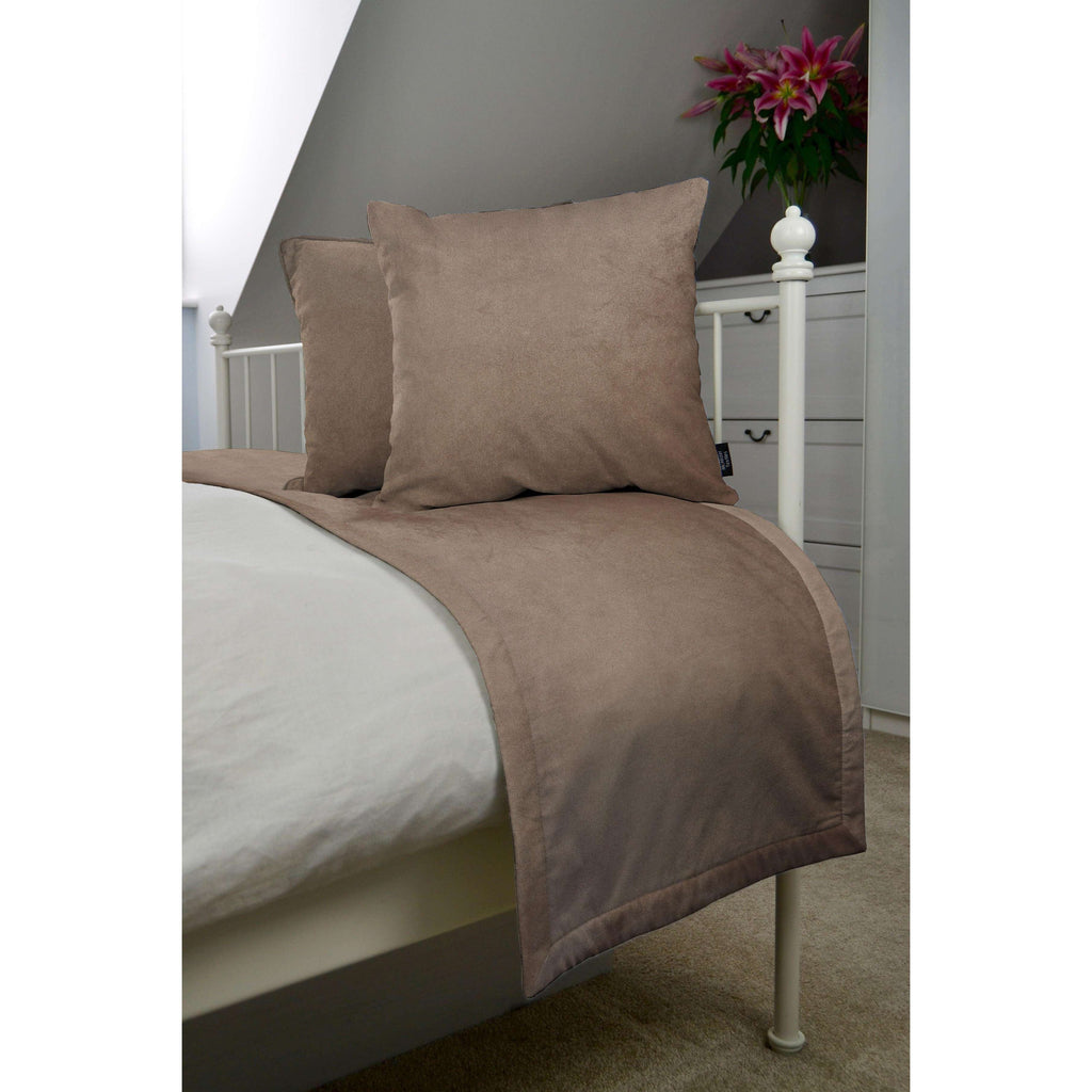 McAlister Textiles Matt Mocha Brown Velvet Bedding Set Bedding Set Runner (50x240cm) + 2x Cushion Covers