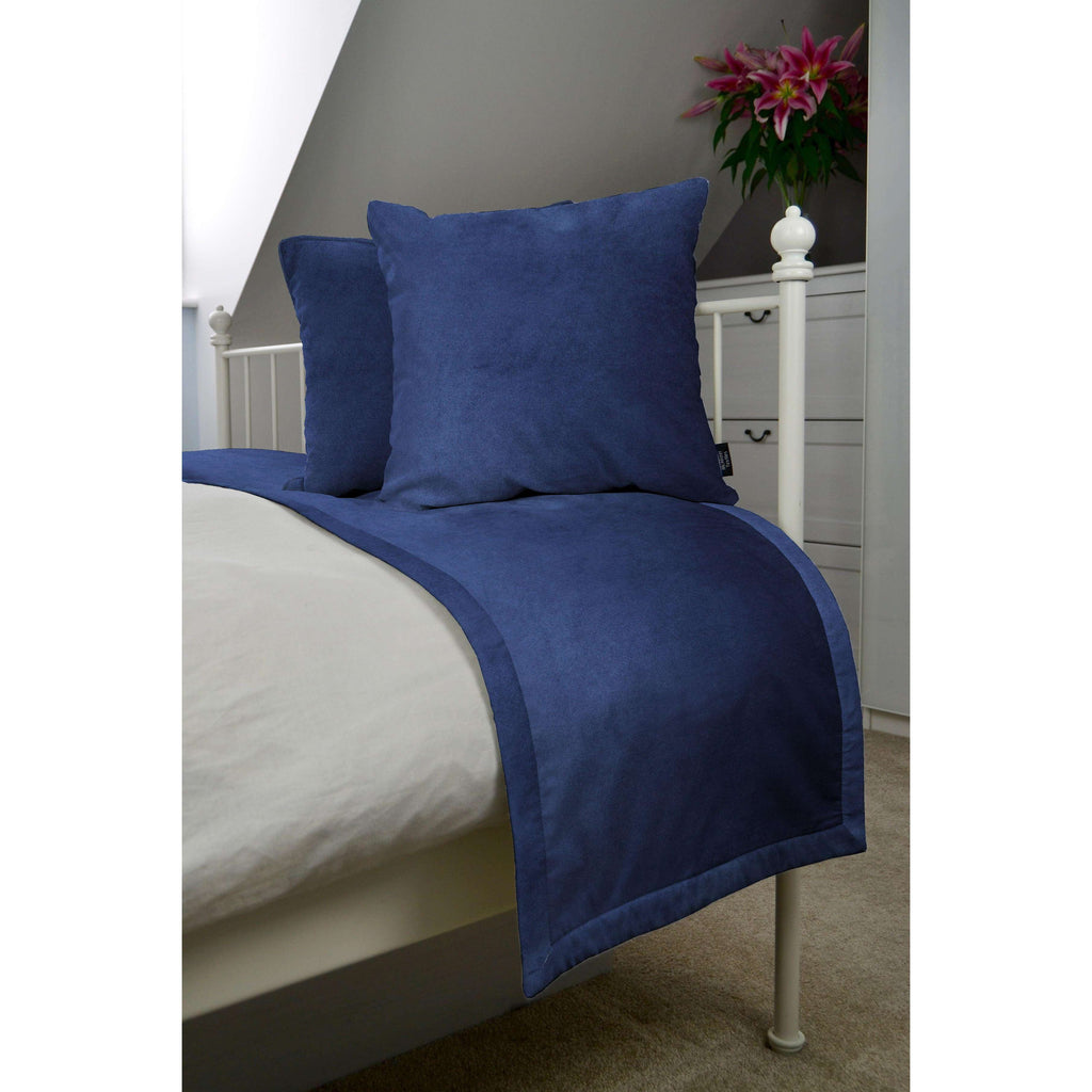 McAlister Textiles Matt Navy Blue Velvet Bedding Set Bedding Set Runner (50x240cm) + 2x Cushion Covers