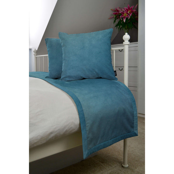 McAlister Textiles Matt Duck Egg Blue Velvet Bedding Set Bedding Set Runner (50x240cm) + 2x Cushion Covers