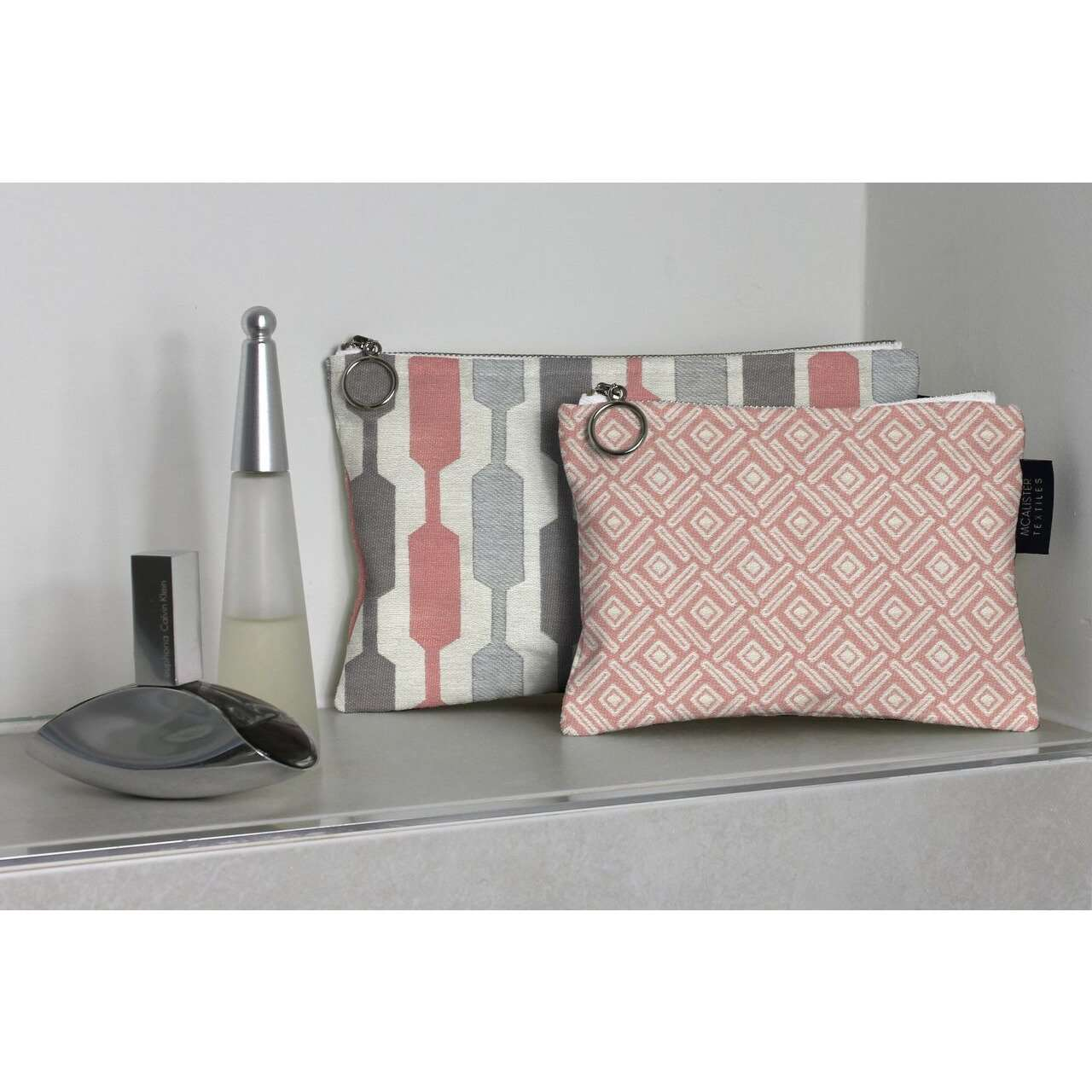 McAlister Textiles Elva Pink + Grey Makeup Bag Set Clutch Bag