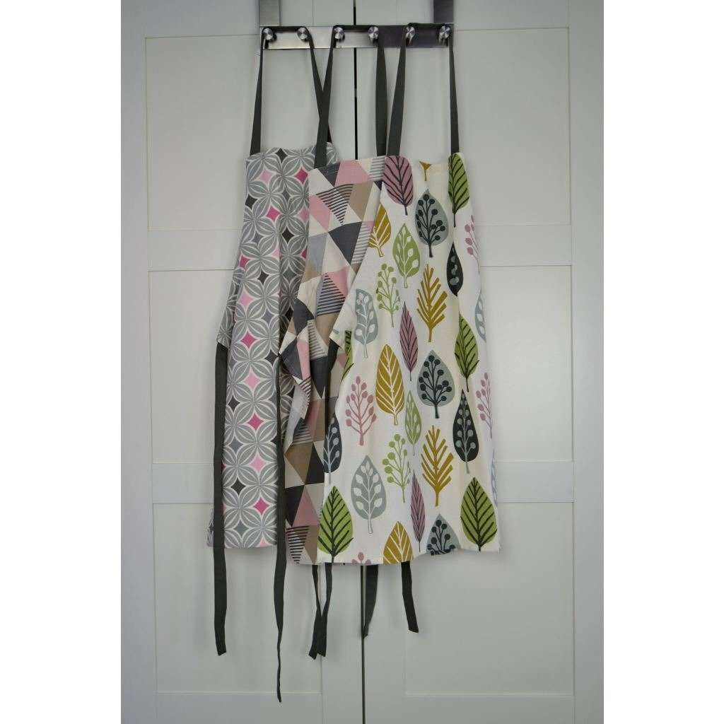 McAlister Textiles Magda Pink Cotton Print Apron Kitchen Accessories