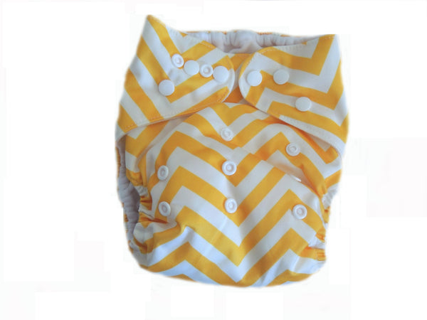 AI2 4.0 Diaper With Double Gussets - Yellow Chevron