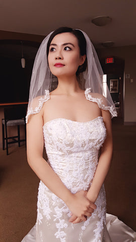 1 Tier Partial Lace Edge veil with Scattered Pearls (short)
