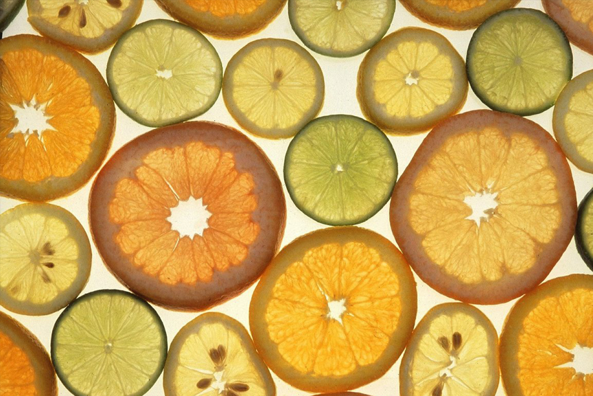Vitamin C and citrus sliced