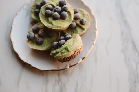 Bite-Sized Raw Vegan sugar-free Wheatgrass Mini Creamy Cashew Cheesecakes