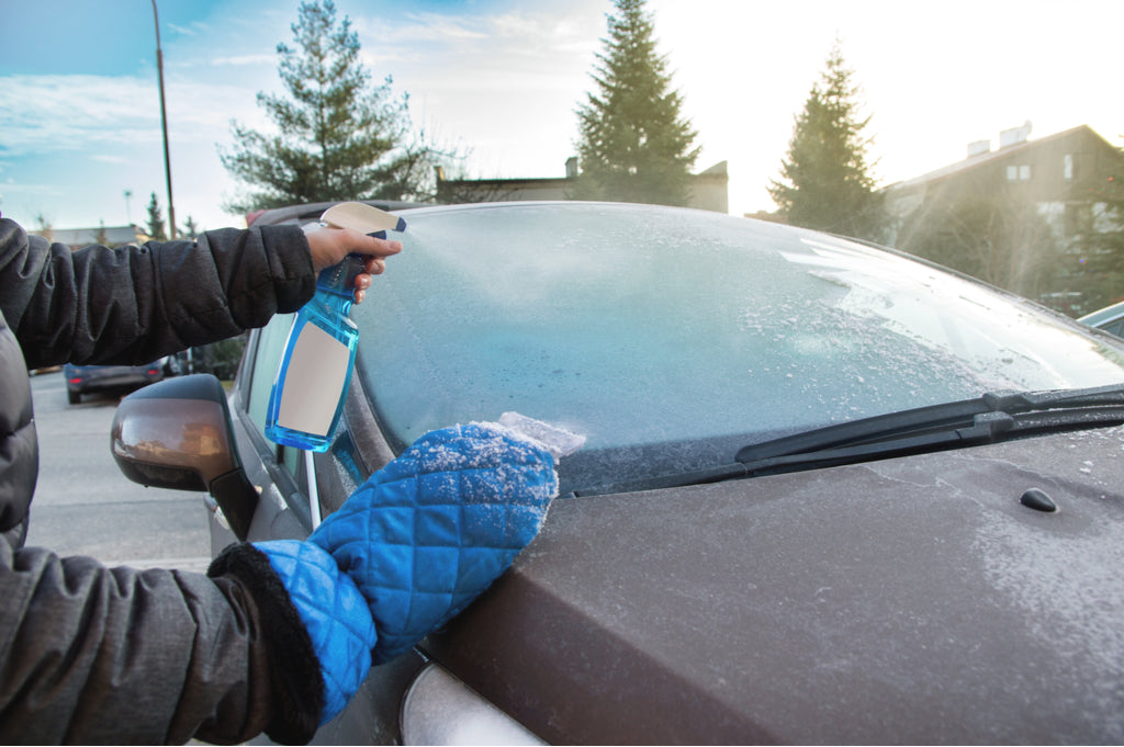 defrosting windshield in winter