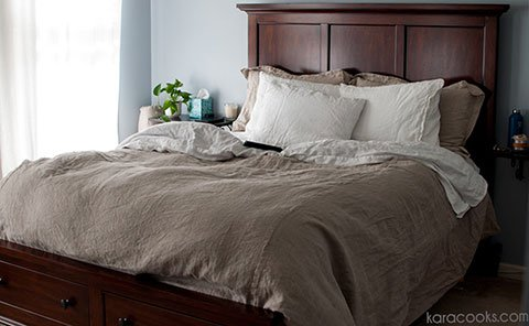 The Rough Linen Bed Makeover consists of an Orkney duvet cover, a Smooth Natural (or Strong White) sheet, two Smooth Natural (or Strong White) pillow slips, two Orkney American shams, and an Orkney bedskirt.