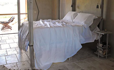 Rough Linen Smooth white Sheet and pillow slips (pillowcases)