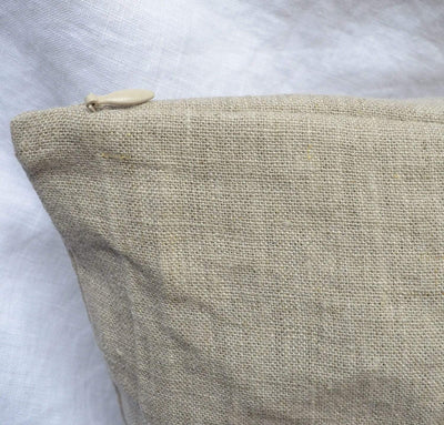 natural un-dyed flax linen bedding with invisible zipper closure