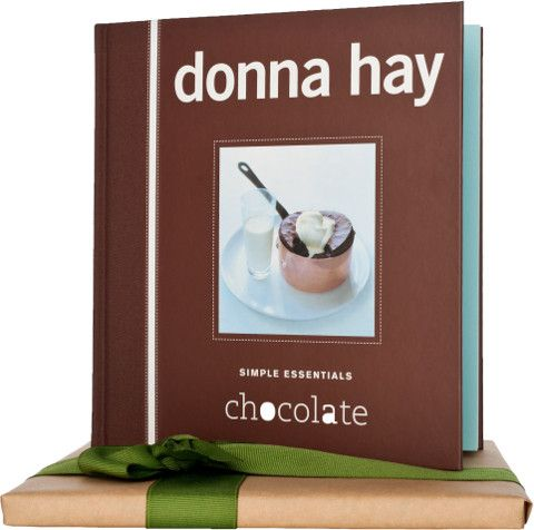 Donna Hay Essentials:Chocolate - Naturally Gifted