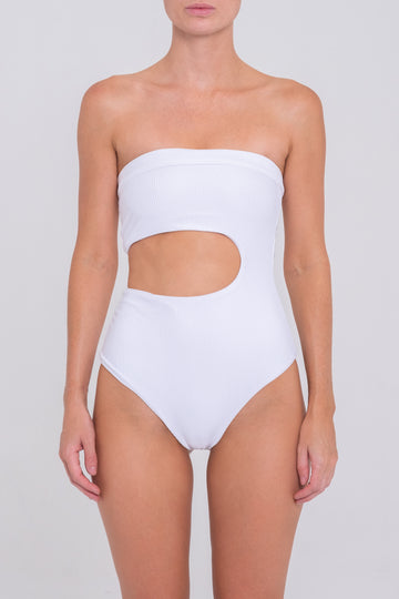 Avalon One Piece - White