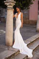 Julianne - White Plunge Neck Mermaid Gown with Slit & Multiway Straps
