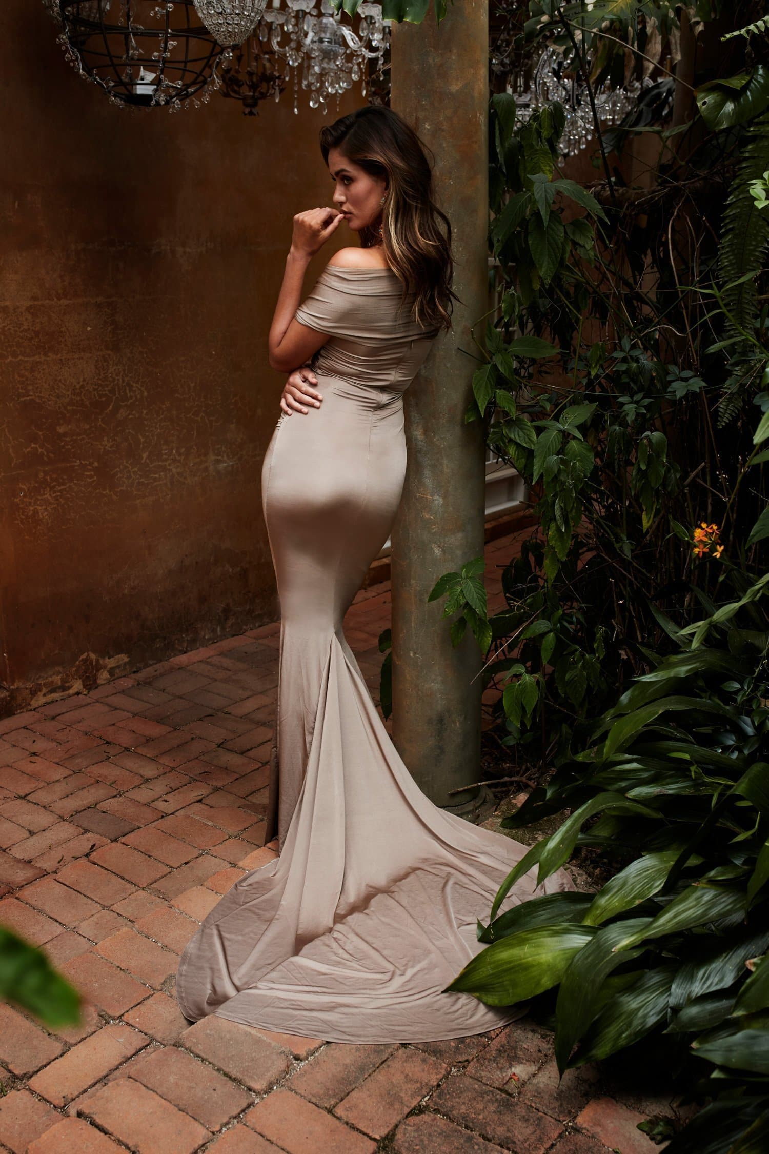Campanule - Bronze Off-Shoulder Jersey Gown with Mermaid Train