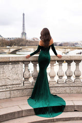 Cadencia Velvet Gown - Emerald Pre-Order End of August