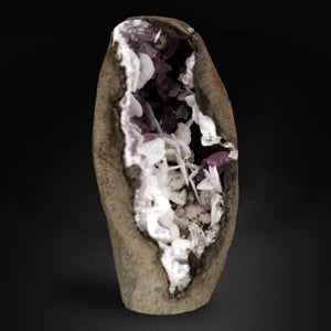 A rare collectible combination from a very unusual one time find. A geode featuring multiple minerals in situ Calcite, Barite & Amethyst on a hand trimmed Black Chalcedony base. # DEN 047  A REAR 'SKYLIGHT' CREATES ENDLESS LIGHTING OPPORTUNITIES!   SIZE: 11 CM X 6 CM WEIGHT: 430 GMS Location: Aurangabad, Maharashtra, INDIA