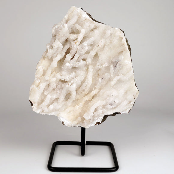 Chalcedony Mesh Formation With Stand # DRL-213  https://www.superbminerals.us/products/chalcedony-mesh-formation-with-stand-drl-213  Features :Exquisite sculpture of white dendrite branches grown on Chalcedony. Chalcedony has snowy white color and form cluster grown aesthetically.Primary Mineral(s):  ChalcedonySecondary Mineral(s): N/AMatrix: N/A19 cm x 15 cm1.180 Kgs Locality: Nashik, Maharashtra, IndiaYear of Discovery: 2021