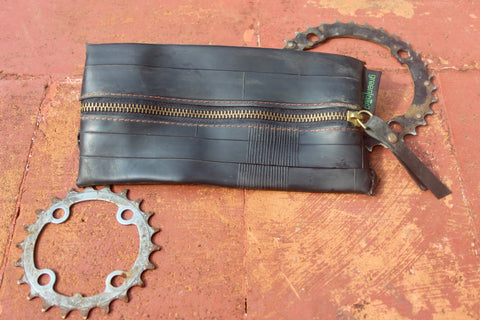 King Bernard: King size upcycled pouch