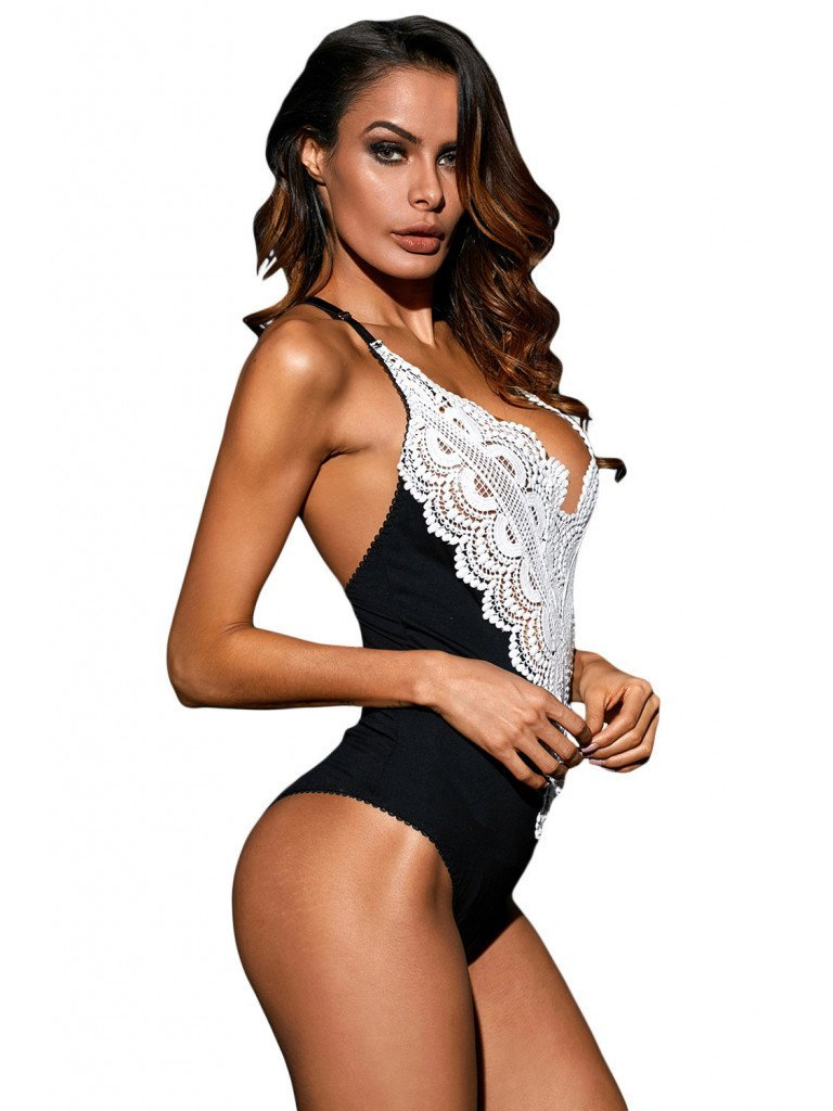 Body Dantela - BODY ELEGANT, DECORAT CU BRODERIE SI DECOLTEU IN V